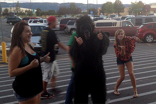 Gorilla Visists Casper's East Side Walmart